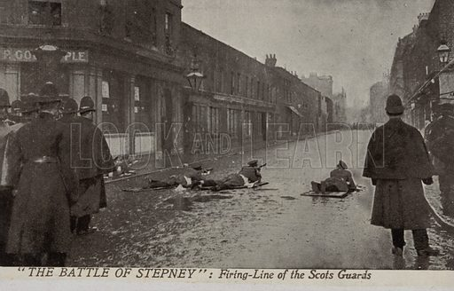 """The """"Battle of Stepney"""", January 1911. Firing-line of the Scots Guards. The Siege of Sidney Street, a gunfight in the East End of London between the police and armed troops and two Latvian revolutionaries wanted for a jewellery robbery at Houndsditch in which three policemen were killed. Postcard, early 20th century."""