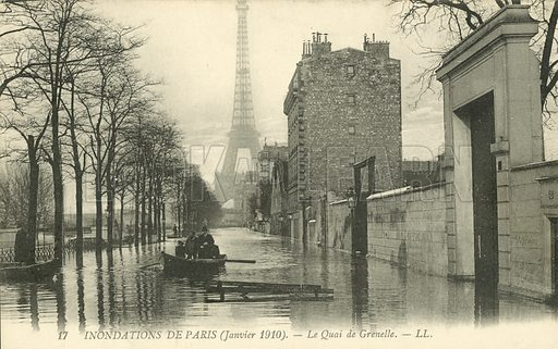 La Quai de Grenelle, flooding in Paris, January 1910. Postcard, early 20th century.