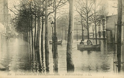 Boulevard Diderot, flooding in Paris, January 1910. Postcard, early 20th century.