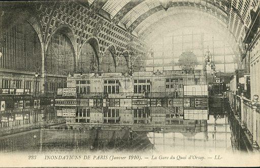 La Gare du Quai d'Orsay, flooding in Paris, January 1910