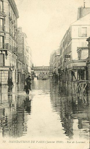 Rue de Lourmel, flooding in Paris, January 1910. Postcard, early 20th century.
