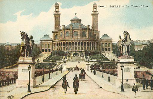 Palais du Trocadero built for the World's Fair exhibition in Paris 1878. Postcard, early 20th century.