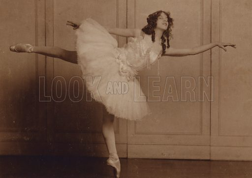 Ballet dancer. Postcard, early 20th Century.