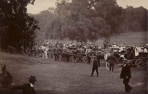 Outing, Hampstead Heath (?). Postcard, early 20th century.