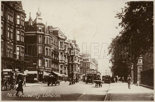 Piccadilly, London. Postcard, early 20th century.