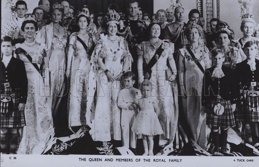 The Queen and members of the royal family. Postcard, 20th century.