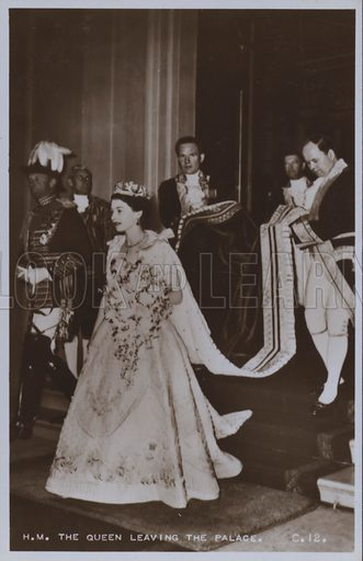 HM The Queen leaving the palace. Postcard, 20th century.