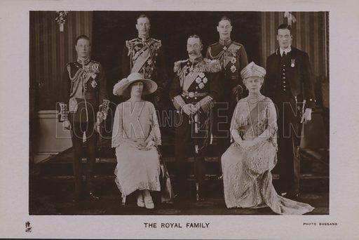 The royal family. Postcard, 20th century.