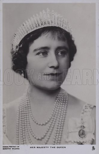 Her majesty the Queen. Postcard, 20th century.
