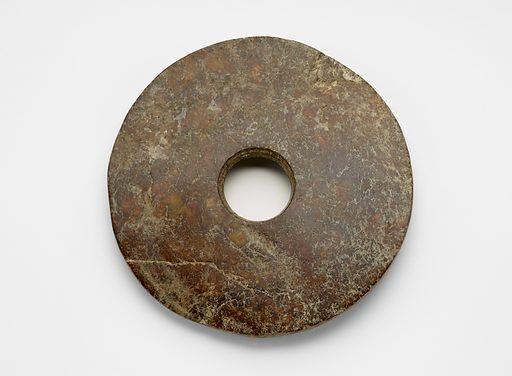 Disk (bi 璧). Date: BCE 2000s. Record ID: fsg_F1916.504.