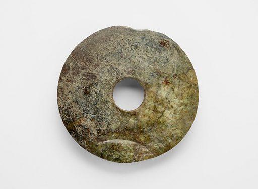 Disk (bi 璧). Date: BCE 2000s. Record ID: fsg_F1917.19.