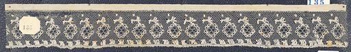 Bobbin lace sample edge, floral borders; late 18th century Point de Lille. Date: 1800s. Record ID: chndm_1974-52-135.