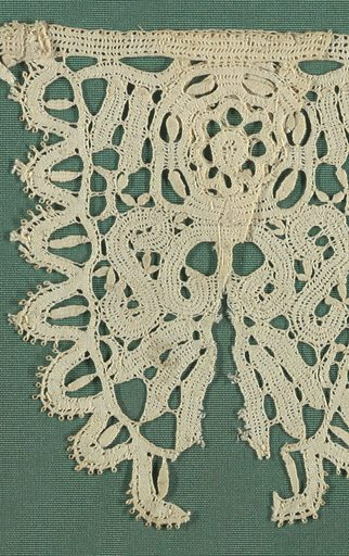Scallops of bobbin lace forming a border. Made in: Italy. Date: 1700s. Record ID: chndm_1896-2-32-a_f.