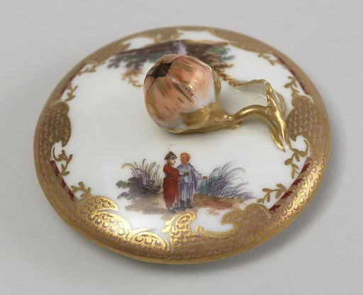 Pear-shaped, bracket lip, double-curved strap handle. Small flat cover with flower finial. Vignettes of Chinoiserie figures in landscape, with gilded and painted imbricated borders. Date: 1780s. Record ID: chndm_1938-57-652-a_b.