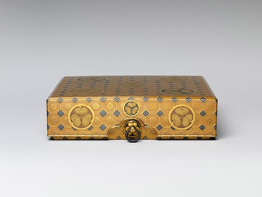 Box (17th century). Japan. Accession number: 14.40.840a, b.