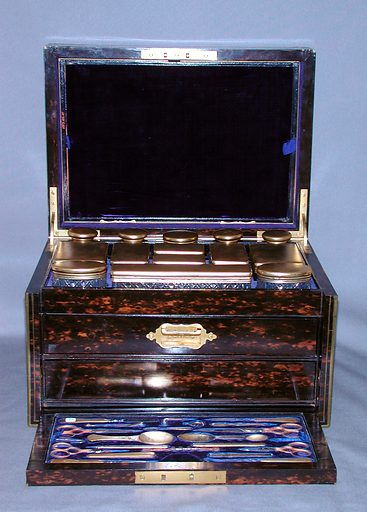 Traveling set case (1874–75). Accession number: 1973.176.1a–g.