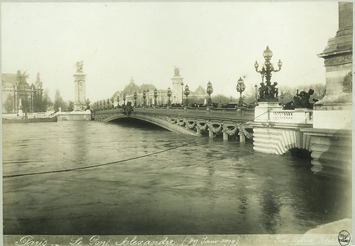 Flood of the Seine. Pont Alexandre III, 8th arrondissement, Paris, 29 January 1910.