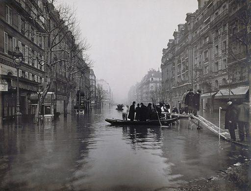 Flood of the Seine, rue de Lyon, 12th arrondissement, Paris. Flood 1910.
