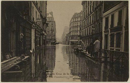 Paris – La Grande Crue de la Seine Flood of the Rue Traversière (12th arrondissement)