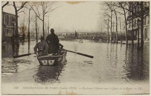 146 Paris floods – Boulevard Diderot towards Quai de la Rapée
