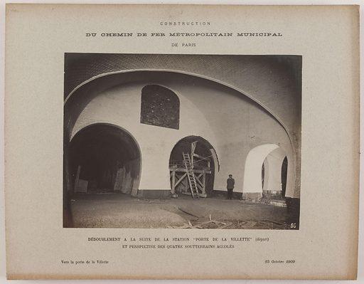 Vue intérieure du métro en travaux, près de la station Porte de la Villette, 19ème arrondissement, Paris. Date de création: 1909. Numéro d'object: CARPH082234.