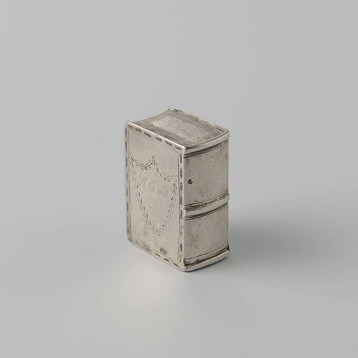 Capelin box of silver. Date: 1825. Object ID: BK-1977-31.