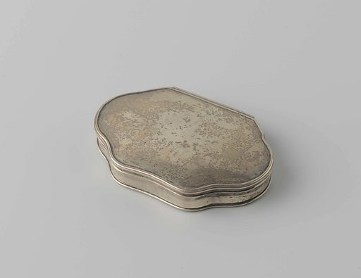 Snuff box of silver. Origin: Northern Netherlands. Date: 1700 – 1725. Object ID: BK-NM-5028.