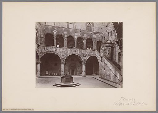 Courtyard of the Palazzo del Podestà in Florence. Date: c 1860 – c 1890. Object ID: RP-F-00-445.