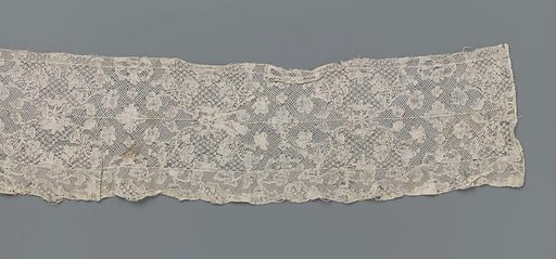 Strip bobbin lace for a 'German hat' used in the Frisian costume. Date: c 1750 – c 1780. Object ID: BK-1978-571.