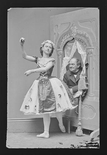 Phineas T. Barnum and Ernestine de Faiber. Sitters: Phineas Taylor Barnum, 5 Jul 1810 – 7 Apr 1891; Ernestine de Faiber, 1843 – ? Date: 1860s. Record ID: npg_NPG.81.M2339.