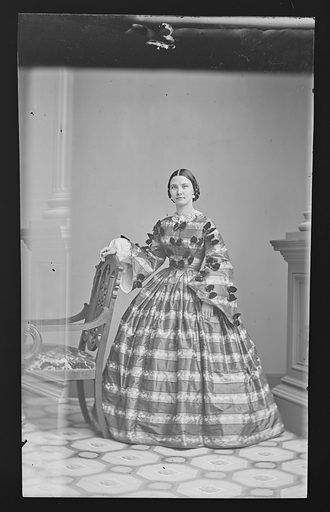 Possibly Jane Coombs. Date: 1860s. Record ID: npg_NPG.81.M2451.