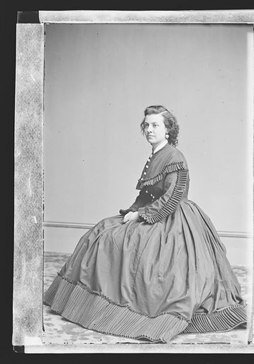 Pauline Cushman. Sitter: Pauline Cushman, 10 Jun 1833 – 2 Dec 1893. Date: 1860s. Record ID: npg_NPG.81.M3195.1.