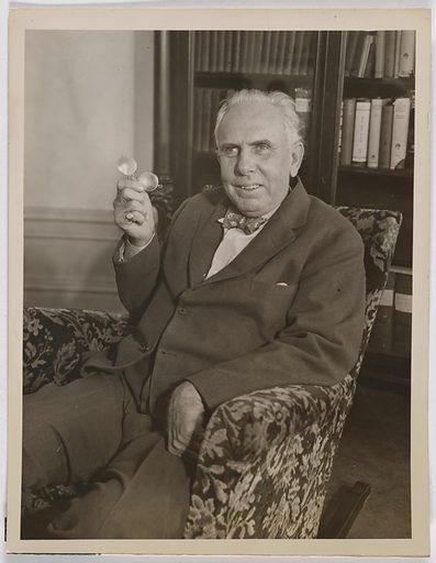 Theodore Dreiser. Sitter: Theodore Dreiser, 27 Aug 1871 – 28 Dec 1945. Date: 1930s. Record ID: npg_NPG.2007.287.