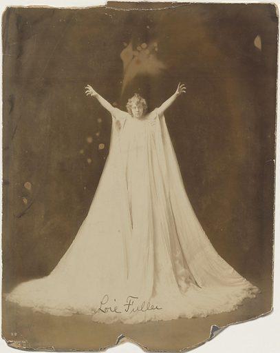 Loie Fuller. Sitter: Loïe Fuller, 15 Jan 1862 – 1 Jan 1928. Date: 1900s. Record ID: npg_NPG.81.24.