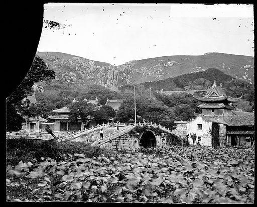Putu, Hupeh province, China. Photograph by John Thomson, 1867. Contributors: J Thomson. Work ID: n69da2ag.