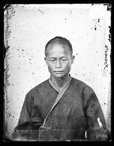 Pepohoan male, age 36 years Baksa, Formosa, by John Thomson. Baksa, Formosa [Taiwan]. Photograph by John Thomson, 1871. Contributors: J Thomson. Work ID: wq5q78zj.