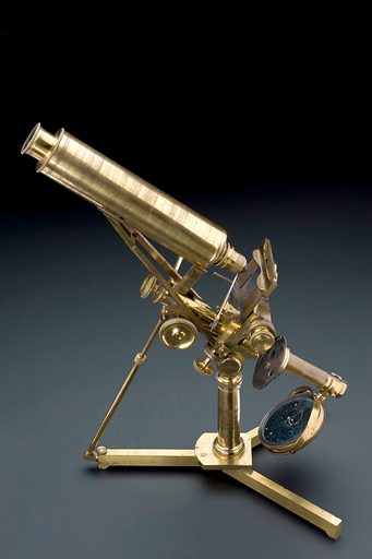 Microscope, English, 1830–1850, given to Lord Lister by his father JJ Lister in 1849. Graduated grey background – side view. Contributors: Science Museum, London. Work ID: vkren4r7.