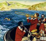 Ederle made her first attempt to swim the Channel at 17 accompanied by a jazz band