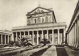 S Paul's Basilica, Facade