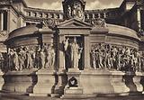 Roma: Monumento a Vittorio Emanuele II, Altare della Patria Tomba del Milite Ignoto con la Dea Roma