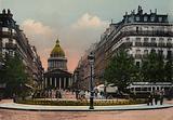 Paris: La Rue Soufflot et le Pantheon, The Soufflot street and Pantheon