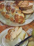 Plaited bun loaf