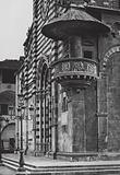 Prato, Duomo col pulpito esterno; Prato, The Cathedral with pulpit on the facade