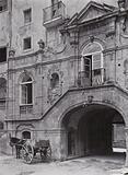 Sicilia / Sicily: Siracusa, Ingresso del cortile di un palazzo