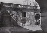 Sicilia / Sicily: Siracusa, La Corte del Palazzo Bosco