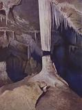 Broken Column, Lucas Cave, Jenolan Caves, Australia