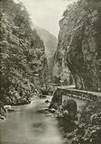 La Grande-Chartreuse, Route taillee dans le roc