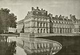 Fontainebleau, Cour de la Fontaine et Etang des Carpes