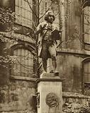 Dr Johnson on his pedestal, whence he can see Fleet Street