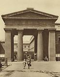Doric arch leading to Euston Station